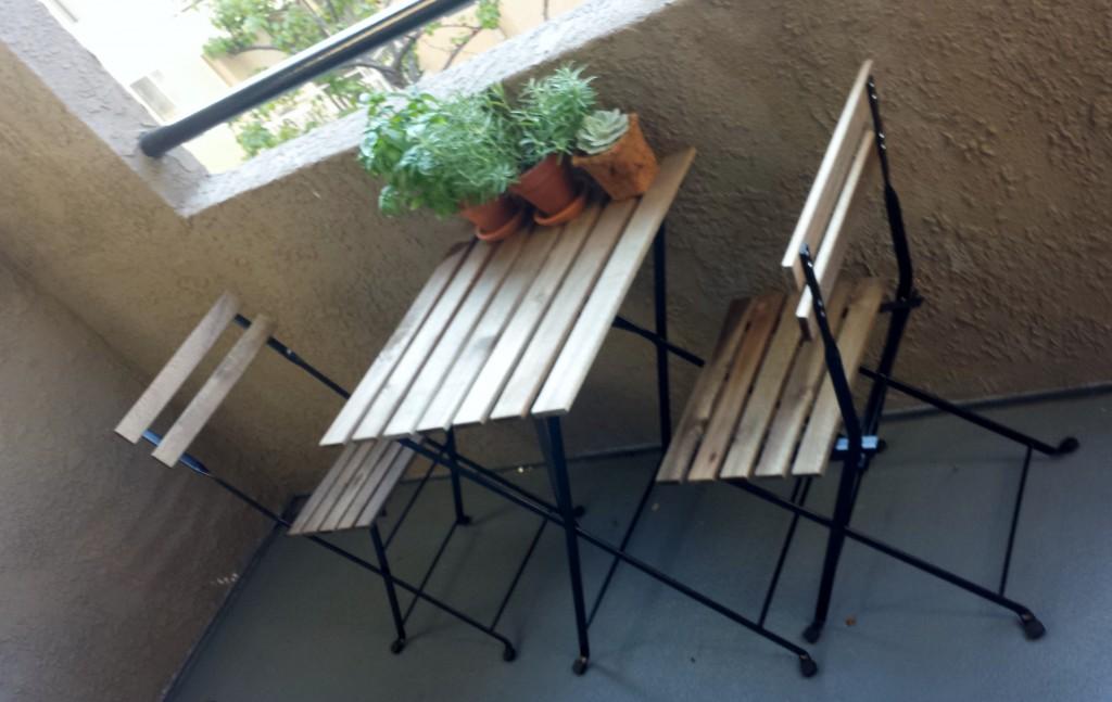 <3 our bistro set