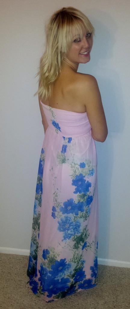 Strapless dresses are so flattering