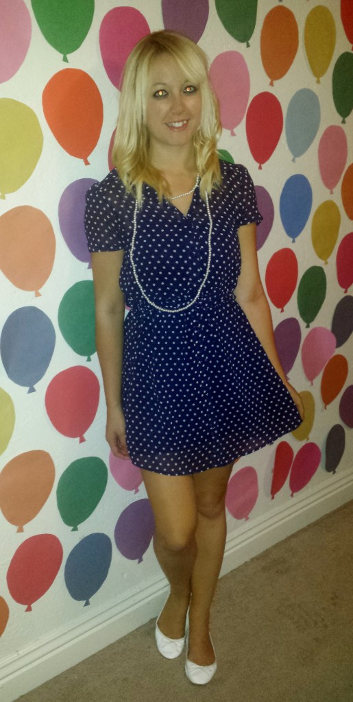 Blue polka dot dress, pearls, white flats 1